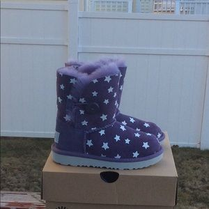UGG Bailey Button II Starlight